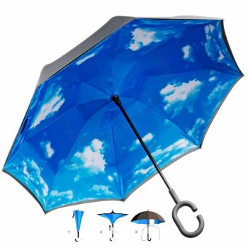 Obrácený deštník s potiskem oblohy a praktickou rukojetí