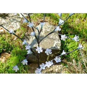 Zahradní květinový strom Garth s 36 LED diodami a solárním panelem teple bílé LED diody D00683